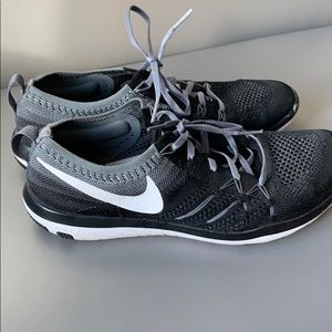 Nike women's 8.5